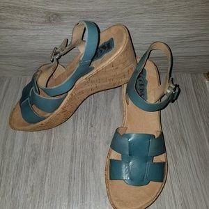Korks by KORK-EASE platform wedge sandals 7 EUC